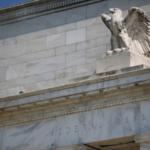 ФРС подняла базовую процентную ставку на 25 б.п.